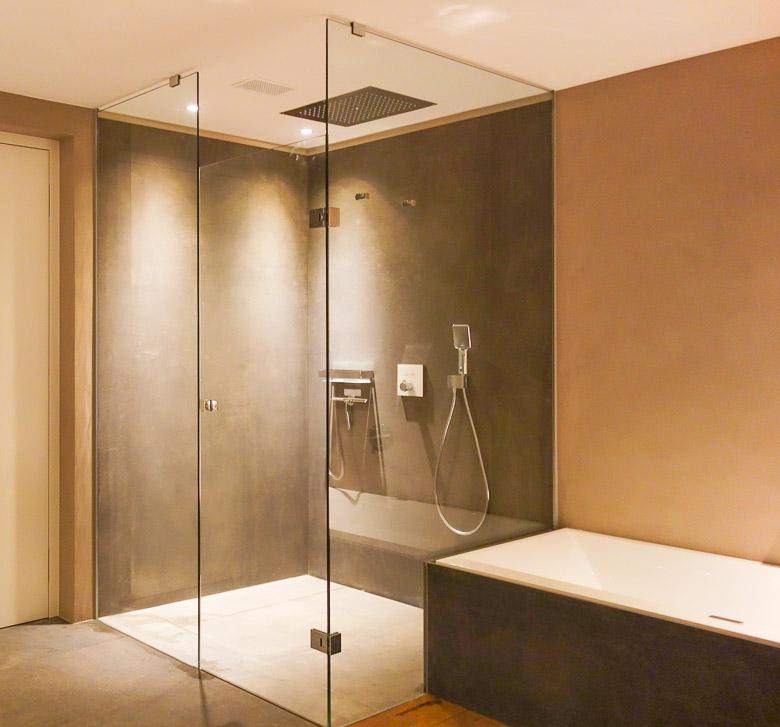 Cabine doccia porte specchi pareti divisorie in vetro rothaglas thaler robert - Pareti a specchio ...